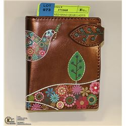 COPPER TONED SHAG WEAR LADYS WALLET WITH FLORAL