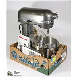 KITCHEN AID PROFESSIONAL HD STAND MIXER.