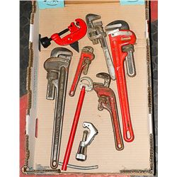 FLAT WITH LARGE VARIETY OF PIPE WRENCHES