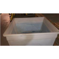 Plastic Tote Bucket