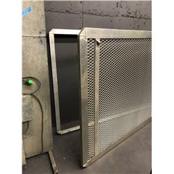 Aluminum Grate with Frame and 5 Wooden Blocks