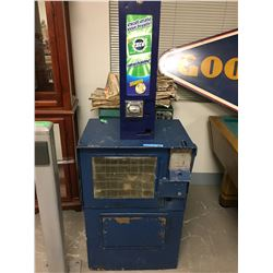 2 x Vintage Newspaper Machine, Gum Vending Machine (Excel) and 1 Metal Post