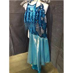 Fancy blue movie set dress with top