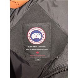 Authentic Canada Goose Large Jacket with Fur Hood