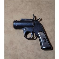 WW2 US Army Flare Pistol 1942