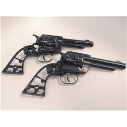 PAIR OF VINTAGE TOP HAND CAP GUNS