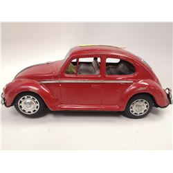 1950S LARGE VW BEETLE TIN TOY BATTERY