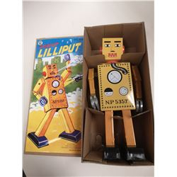 TIN LILIPUT WIND UP ROBOT IN BOX
