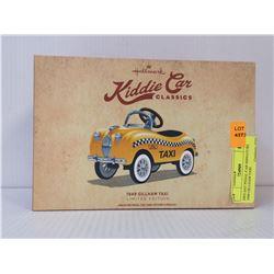 DIECAST PEDAL CAR MINIATURE 1949 GILLHAM TAXI