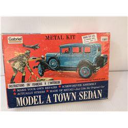 1960S METAL MODEL A FORD MODEL KIT