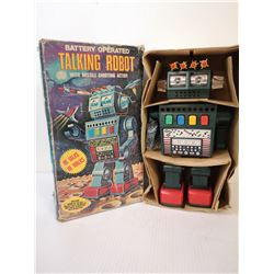 VINTAGE BATTERY OPERATED MISSILE ROBOT WITH BOX