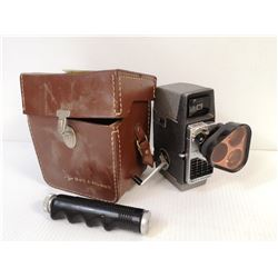 VINTAGE 8MM MOVIE CAMERA BELL AND HOWELL