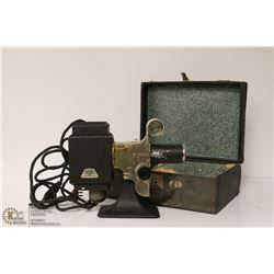 1930S PICTUROL PROJECTOR WITH CASE