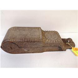 1800 CAST IRON WALL MOUNT SAFE BOX