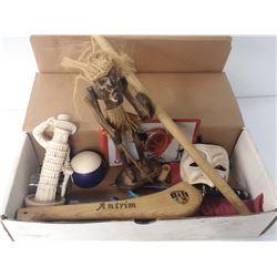 BOX OF TRINKETS (WHITE)