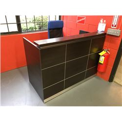 """60""""W X 30""""D X 44""""H NIGHTSHADE 2 DRAWER RECEPTION COUNTER WITH BLUE MESH BACK MOBILE CHAIR"""