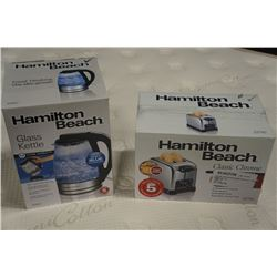 AS NEW HAMILTON BEACH GLASS KETTLE AND CLASSIC CHROME TOASTER - WORKING