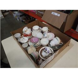 TRAY OF CHINA CUPS AND SAUCERS