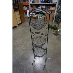 TRIPLE HANGING BASKET STAND