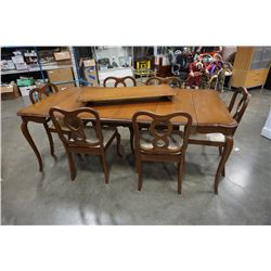 FRENCH PROVINCIAL DINING TABLE WITH 5 LEAFS AND 6 CHAIRS