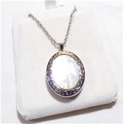 """Lady's Sterling Silver Mother-of-pearl Locket Pendant on 17.5"""" Chain."""