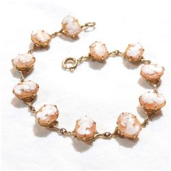 """Lady's Vintage 9K Yellow Gold Cameo Bracelet. Measures 7.5"""" in length with a total weight of 8.25 gr"""
