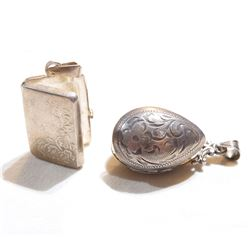 Pair of Vintage Sterling Silver Locket Pendants. Total weight of 16.5 grams. 2pcs.