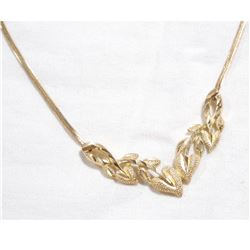 Lady's 10K Yellow Gold Leaf Design Necklace.  Total weight of 3.84 grams.
