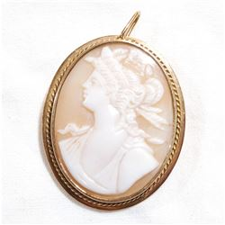 Antique 14K Yellow Gold Large Cameo Pendant/Brooch.  Total weight of 6.97 grams.