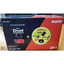 SANYO VPC - ZH1 DIGITAL CAMCORDER- DUAL CAMERA HD