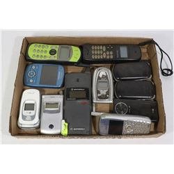 FLAT WITH 11 CELL PHONES (UNTESTED) ELECTRONICS