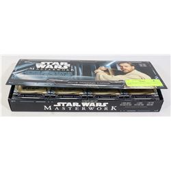 STAR WARS COLLECTIBLE CARDS IN BOX