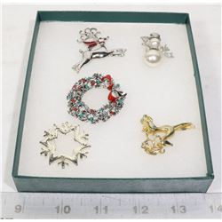 5 VINTAGE CHRISTMAS BROOCHES