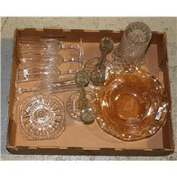 ESTATE FLAT OF COLLECTIBLE GLASSWARE