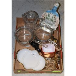 ESTATE BOX OF VINTAGE GLASS POTS, AND MORE