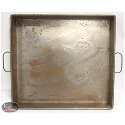 "LARGE 24"" X 22"" X 3"" STRAPPED ROASTING PAN"