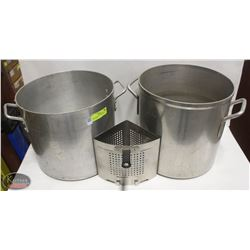 TWO ALUMINUM COMMERCIAL STOCK POTS