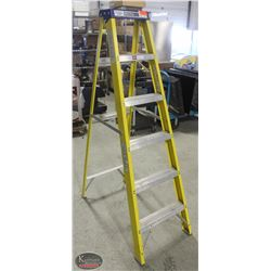 K39) BAILIFF SEIZURE: LITE YELLOW 6' STEP LADDER