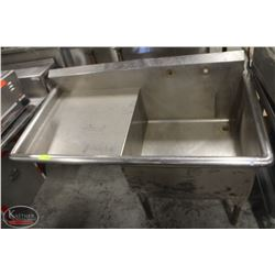 STAINLESS STEEL SINGLE WELL SINK W/ DRAINBOARD