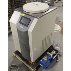 LIKE-NEW NTFD-18 SERIES COMMERCIAL FREEZE DRYER
