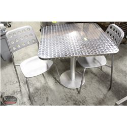 K6) BAILIFF SEIZURE: SQUARE METAL TOP DINING TABLE