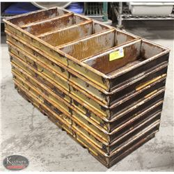 GROUP OF 7 STRAPPED BREAD / LOAF PANS