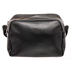 Louis Vuitton Black Taiga Leather Reporter Bag