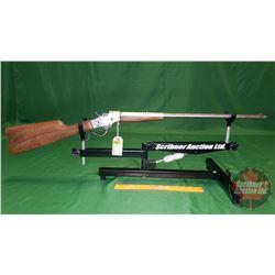 Rifle: J. Stevens A&T Co. Favorite 32 Long Falling Block Lever Action S/N#B589