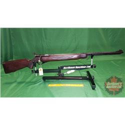 Rifle: Mossberg & Sons 46B (b) Bolt Action 22Sl/LR