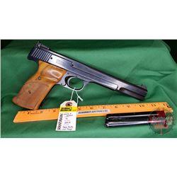 HANDGUN (R): Smith & Wesson 41 Semi-Auto 22LR (2 Magazines) S/N#A644388