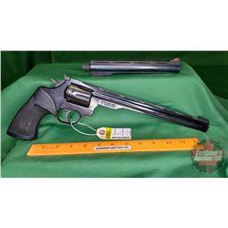 "HANDGUN (R): Dan Wesson 15 Revolver 357 Magnum (c/w 2 BBL's 8"" & 10"") S/N#323927"