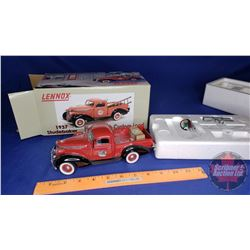 Toy: Lennox 1937 Studebaker Pickup with Custom Load