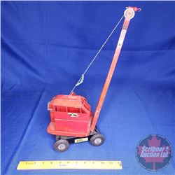 """Metal Toy Crane - TRIANG Made In England (17""""H x 6""""W x 7""""L)"""