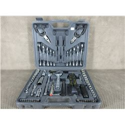 Emergency Tool Kit for Your Car
